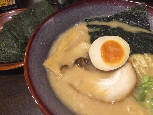 「熟成光麺 780円 のり(5枚) 100円 ライス200円」@光麺 原宿店の写真