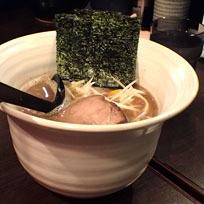 「ラーメン(小)細麺」@麺屋 奨 TASUKU 町田店の写真