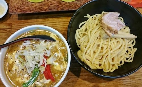 「味噌グリーンカレーつけ麺 1000円」@麺処 花田 上野店の写真
