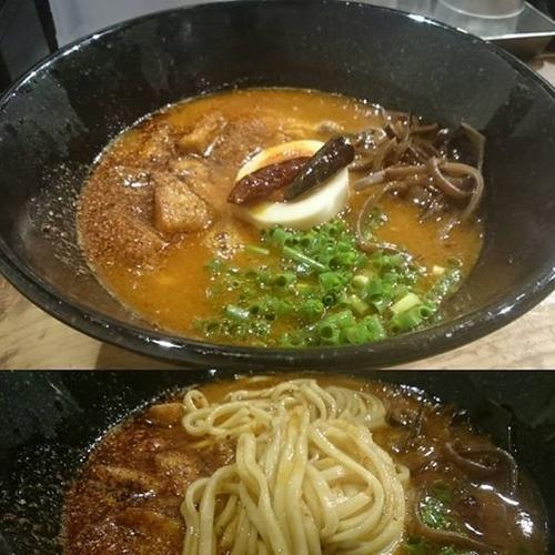 「ギアTOP」@極濃拉麺 ラーメン小僧の写真