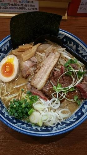 「ステーキラーメン(肉の日限定)」@ゆなみ屋の写真
