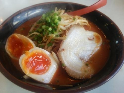 「辛味噌ラーメン&ミニ鴨わさび丼」@ら~めん紅釜の写真