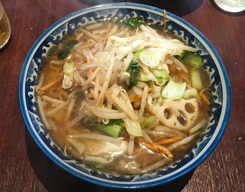 「炒め野菜のせそば 800円」@餃子工房 葉牡丹の写真