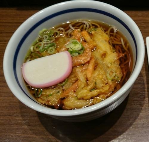「天ぷらそば」@麺家 京都上がも店の写真