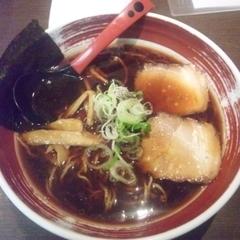 富山ブラック 麺家いろは 池袋店の写真