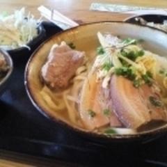 神山食堂の写真