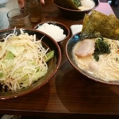 横濱家系ラーメン 代々木商店 2号店の写真