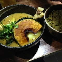 soup curry yellowの写真