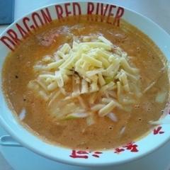 DRAGON RED RIVER マリエとやま店の写真
