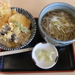 手打ち蕎麦 鎌倉 梅の木 南太田店の写真