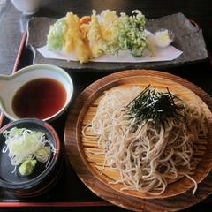 八郎治 安食本店の写真