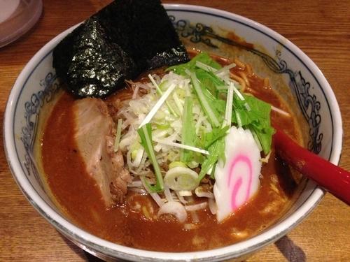 「味噌にぼしらーめん」@麺や 六三六 名駅店の写真