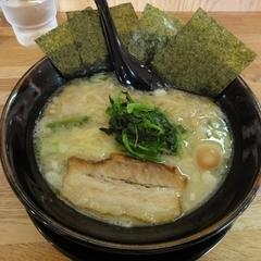 麺屋 昴 和泉府中店の写真