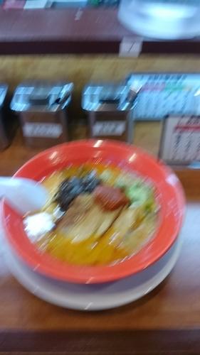「豚骨赤 ランチ限定価格 ¥500」@神萬の写真