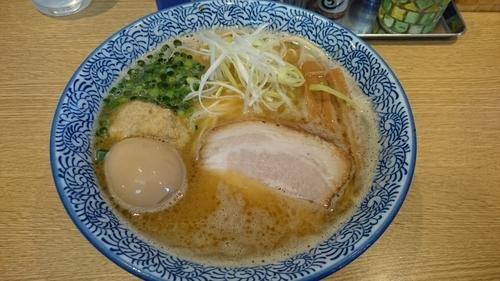 「濃厚魚介ラーメン+味玉」@麺屋 一燈の写真