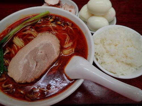 「タンタン麺 激辛 太麺+ライス+茹で玉子×4」@我流担々麺 竹子 本郷店の写真