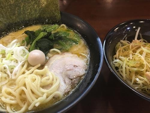 「塩ラーメン770円、白髪葱150円」@横浜家系ラーメン たくみ家の写真