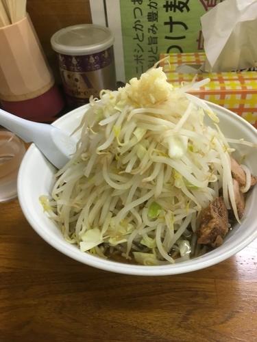「ラーメン(普通250g、ニンニク、野菜増し、700¥)」@麺店 阿香坂の写真