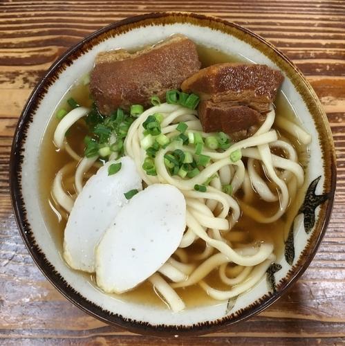 「岸本そば(小)500円」@きしもと食堂 八重岳店の写真