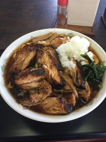 「46チャーシュー麺大盛り(850円)」@福のじの写真