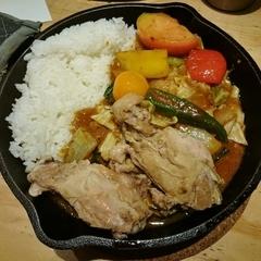 野菜を食べるカレーcamp express 神田店の写真