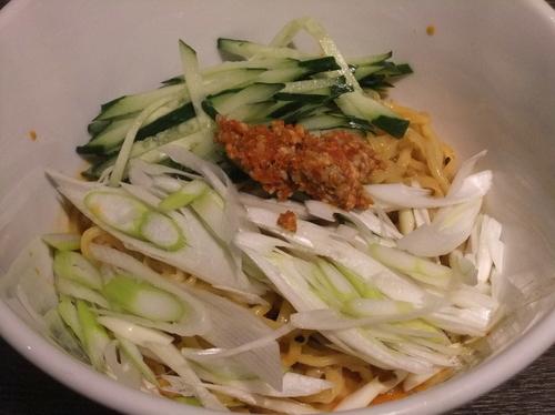 「汁なし担々麺(冷)(734円)」@中華料理 成都の写真
