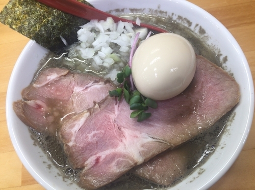 「煮干しらーめんヤバニボ」@めんや天夢の写真
