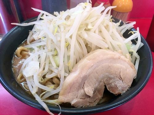 「味噌ラーメン大盛(800円)ヤサイちょいマシ、ニンニク」@ドン-キタモトの写真