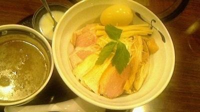 「鶏さん煮干しつけそば(特製トッピング)」@さくら木の写真