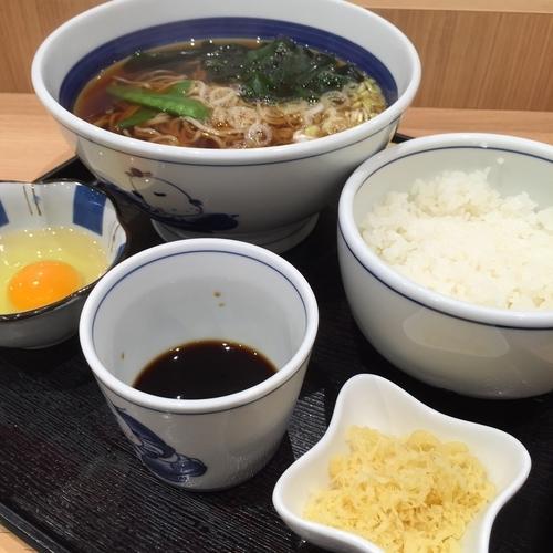 「モーニングかけ(¥400)」@そば処 信州屋 新宿南口店の写真