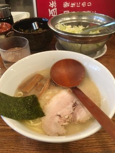 「百歩ラーメン+替え玉」@百歩ラーメン 南浦和店の写真