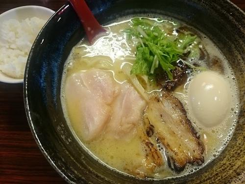 「特製塩ラーメン¥900+小ライス(サービス)」@麺屋つららの写真