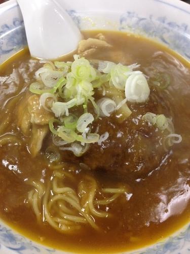 「バーグカレー麺」@中華料理 嵐山の写真