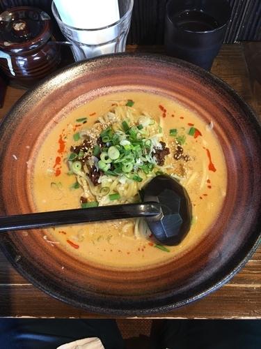 「クリーミー担々麺(大盛り)」@四川麻婆豆腐・坦々麺専門店 三国志の写真