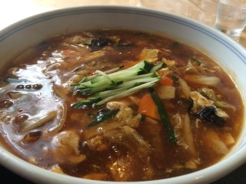 「酸辣湯麺」@ザ・ホテル大亀 ビア&レストラン トータスの写真