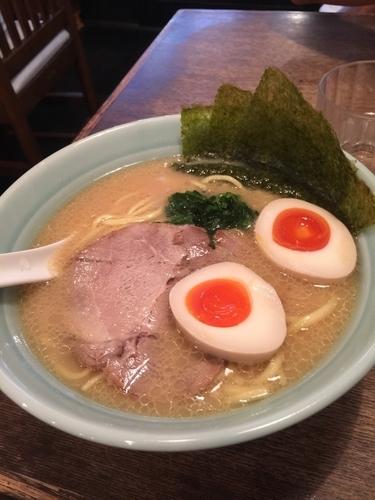 「味玉ラーメン780円、硬め」@豚骨醤油らーめん 浅草隊の写真