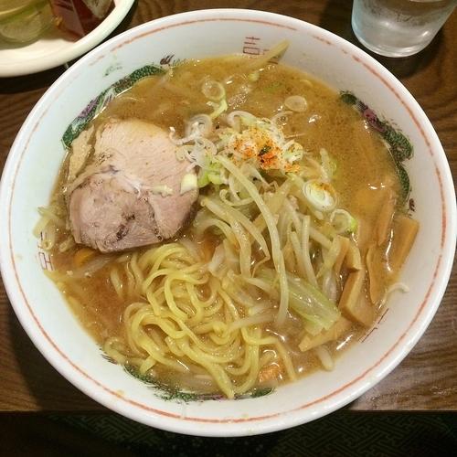 「味噌ラーメン¥600(今月のサービスメニュー)」@柏龍の写真