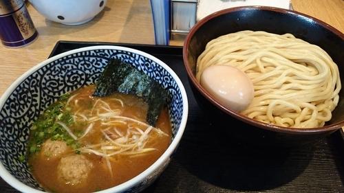 「半熟味玉濃厚魚介つけ麺(中盛) ¥ 980」@麺屋 一燈の写真