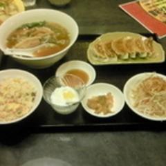 台湾料理 味鮮の写真
