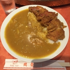 中華菜館 同發 本館の写真
