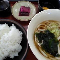 山田うどん 新町店の写真