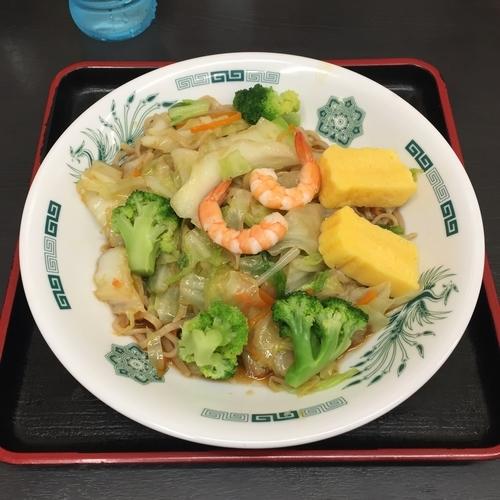 「ヘルシーオリーブ麺」@日高屋 新宿東口店の写真