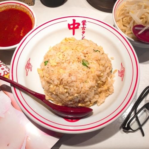 「チャーハン・半ラーメンセット(冷やし味噌)」@蒙古タンメン中本 品川店の写真