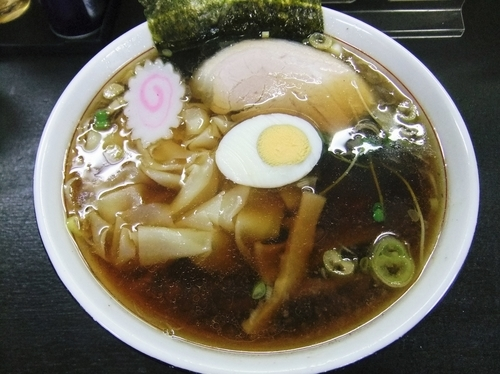 「ワンタンメン(700円)」@麺屋 也の写真