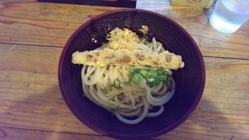 「ぶっかけ、ちくわ天(サービス)」@ゆず屋製麺所の写真
