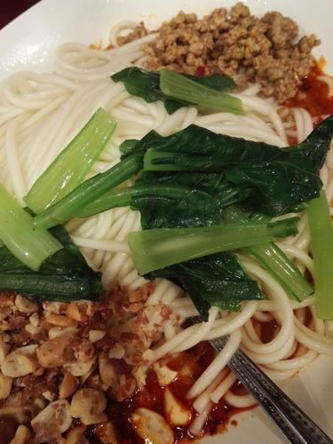 「汁なし担々麺」@中国家庭料理 楊 別館の写真