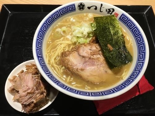 「濃厚豚崩しらーめん」@つじ田 ららぽーとEXPOCITY店の写真