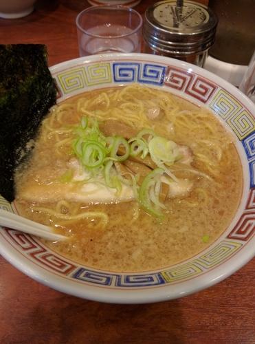 「醤油ラーメン」@麺や新源の写真