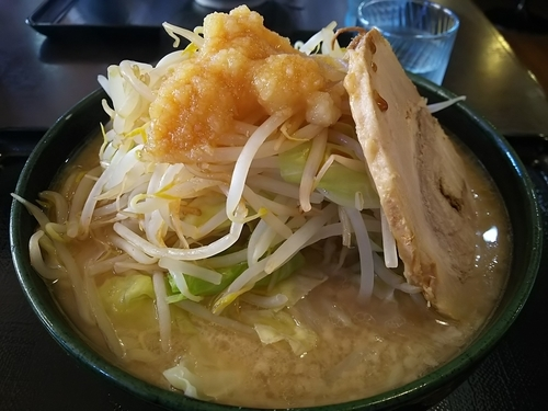 「めん組大次郎(麺280g) ※にんにくあり、野菜多め、脂多め」@本節鰹だしらぁめん めん組 松本店の写真