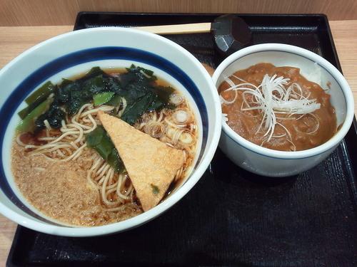 「ミニカレー丼セット 600円」@そば処 信州屋 新宿南口店の写真